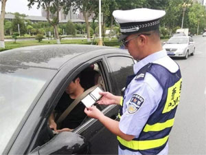 """""""这也算违章?""""易被忽视的交通违法行为"""