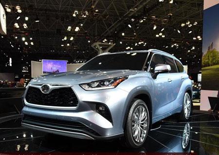 宽大实用设计 车展体验全新丰田汉兰达