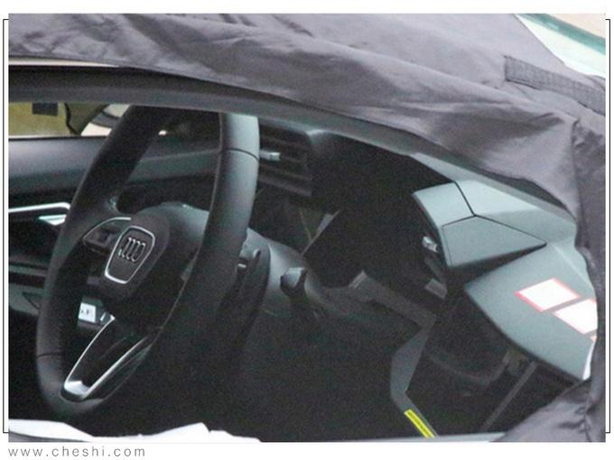 奥迪全新RS3车型谍照图 预计于年底上市