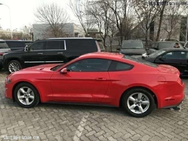 19款福特野马Mustang红色现车实拍报价