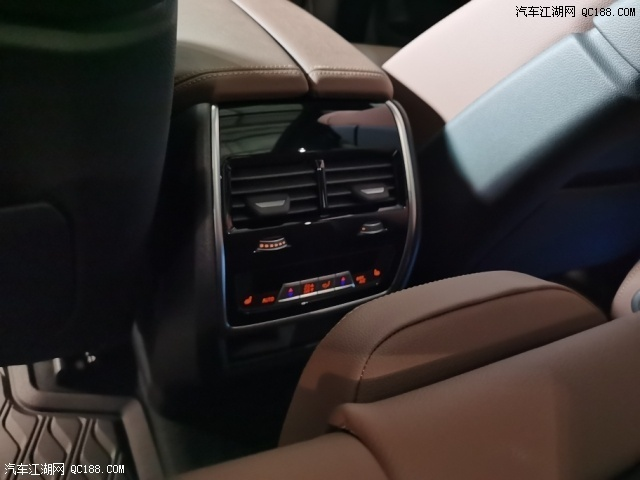 2020款加版宝马X5顶配现车最新行情实拍
