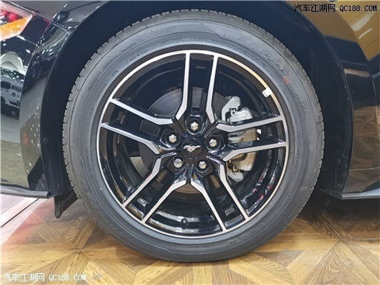 原装进口19款加版福特野马 豪华轿跑实拍