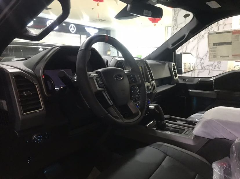 2019款福特猛禽3.5T四驱皮卡配置解读