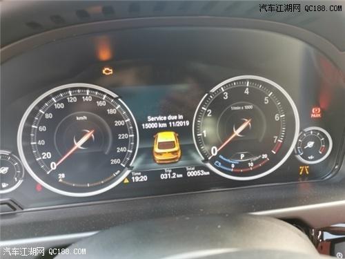 天津港19款宝马X6实拍 外观时尚大气