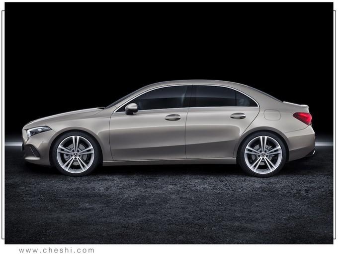 新款奔驰A级车渲染图曝光 年内正式上市