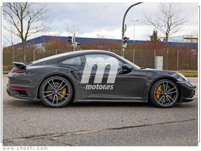 全新款保�r捷911 Turbo S路��照曝光
