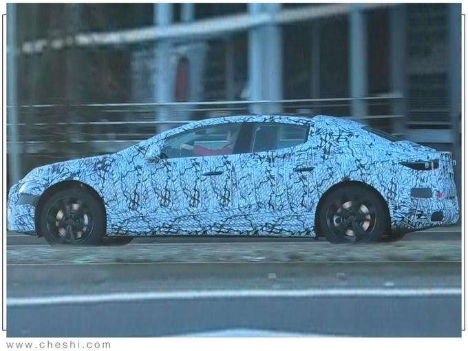 全新纯电动轿车 奔驰EQS最新路试谍照图
