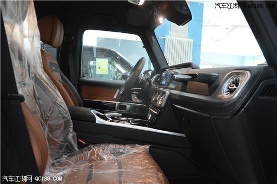 19款奔驰G63AMG黑外棕内现车实拍及价格