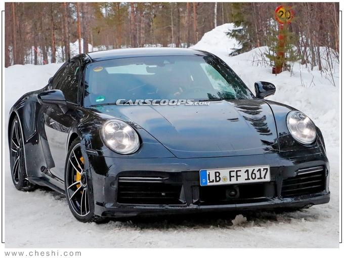 基础款保时捷911 Turbo车型最新路试谍照