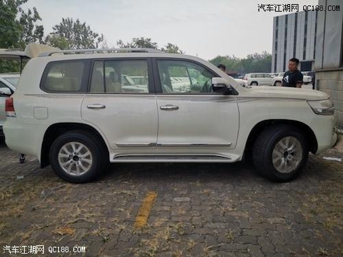 2019款中东版丰田兰德酷路泽4000评测
