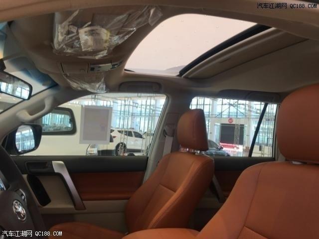 2020款丰田霸道2700TXL中东版现车实拍