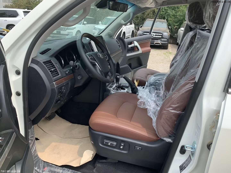 20款丰田兰德酷路泽5700中东版现车评测