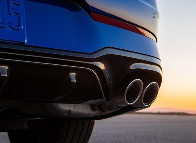 起亚K5 GT官图 升级全新LED雾灯/配四驱