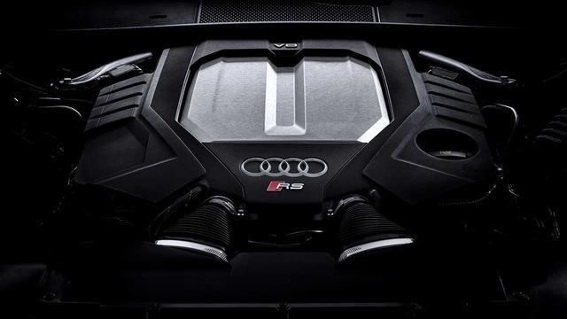 奥迪新款RS6赛道测试实拍 4.0T+48V轻混