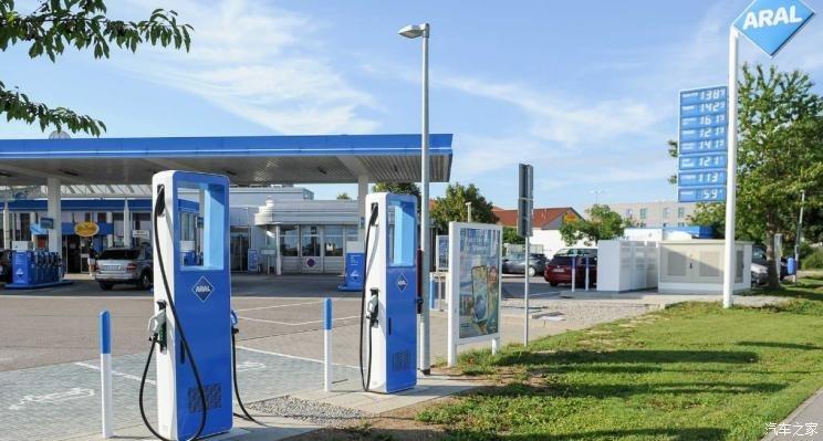 德国加速境内加油站向快速充电站转型