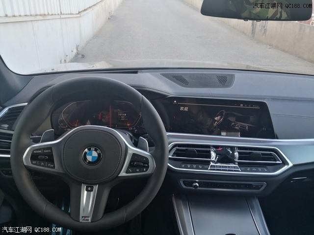 新款宝马M运动大豪华配置现车体验感受