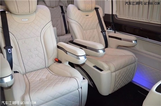 20款奔驰V250迈巴赫版现车体验报价优惠