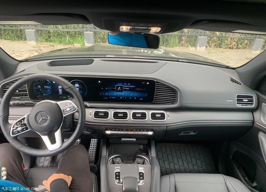 加版21款奔驰GLS450豪华全尺寸SUV现车
