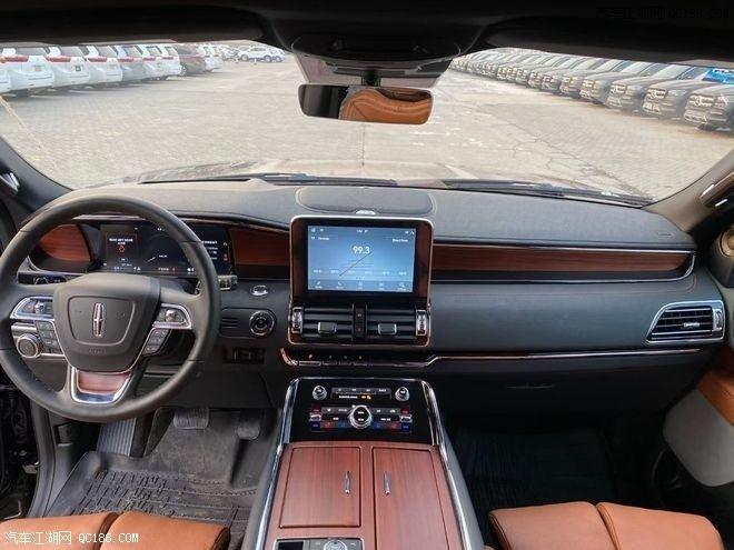 林肯�I航�T3.5T加�L版美式SUV到店�w�