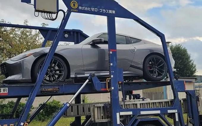 日产全新Z系列跑车曝光 全新的车身涂装