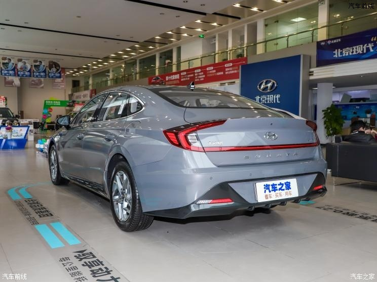 北京现代 索纳塔 2020款 270TGDi GL DCT领先版